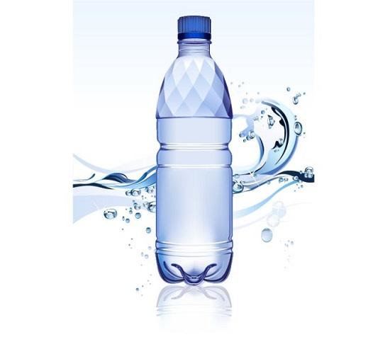 Вода в бутылке. Вектор.