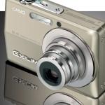 Реалистичный фотоаппарат Casio в векторе